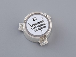 1.2-3.8 GHz SMD Series  TH202SMD08